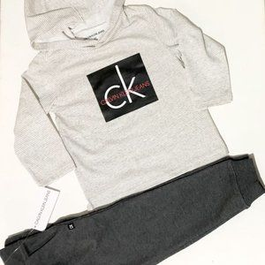 Clavin Klein Jeans hooded T-shirt and Sweatpants